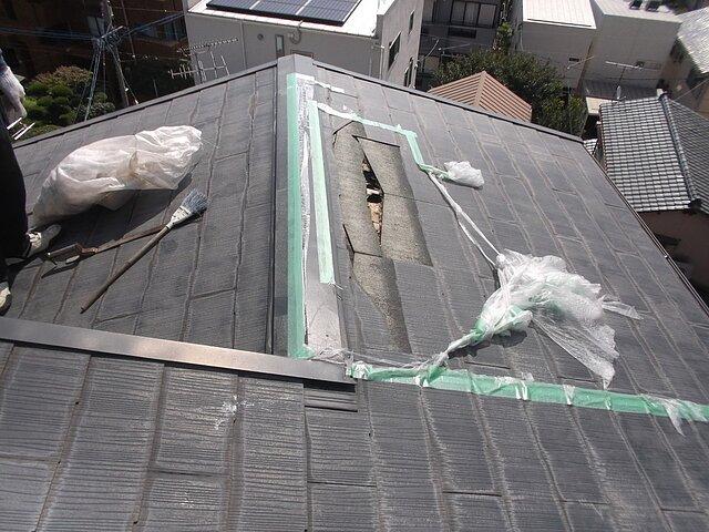 福岡市 早良区 アパートの台風被害修理 瓦の種類:コロニアル