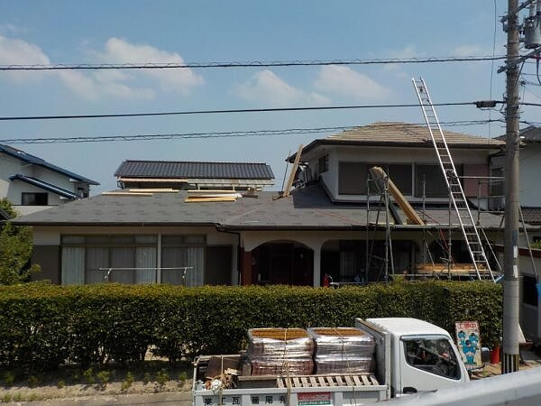 瓦葺替え工事 福岡市早良区野芥|福岡市南区の尾籠瓦工業の画像