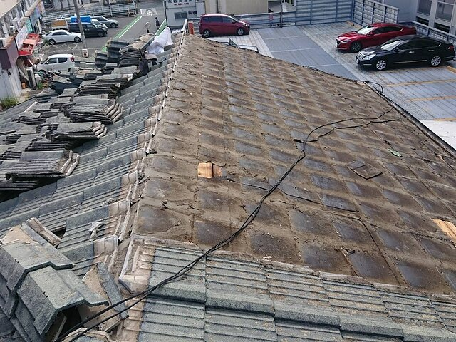 福岡市 城南区 雨漏りによる葺き直し工事