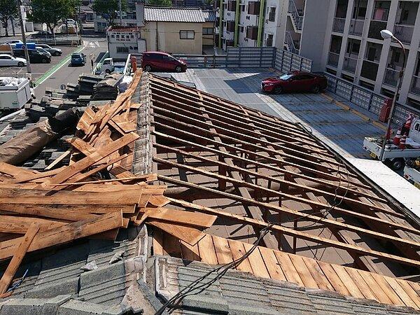 屋根瓦の葺き直し工事とは | 福岡市南区の尾籠瓦工業の画像